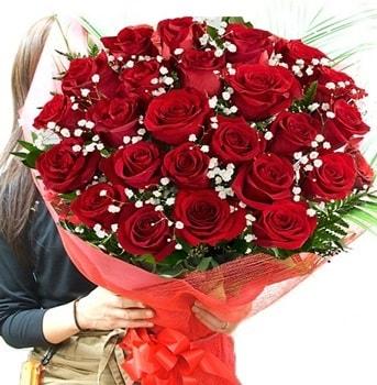 Kız isteme çiçeği buketi 33 adet kırmızı gül  Rize 14 şubat sevgililer günü çiçek