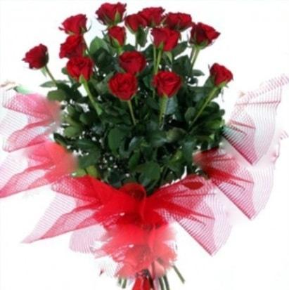 15 adet kırmızı gül buketi  Rize çiçekçi telefonları