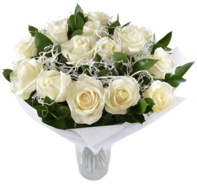 15 beyaz gül buketi sade aşk  Rize çiçek servisi , çiçekçi adresleri