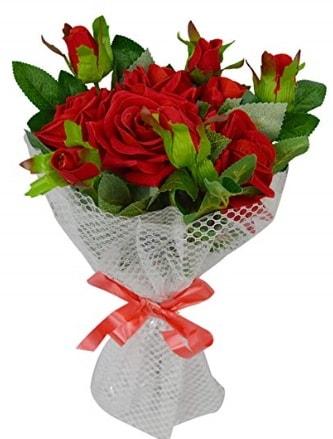 9 adet kırmızı gülden sade şık buket  Rize çiçek online çiçek siparişi