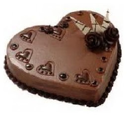 kalpli 8 kişilik çikolatalı yaş pasta